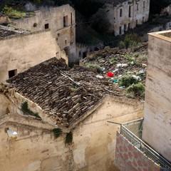 Degrado nel rione Piaggio