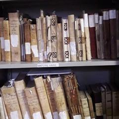 """""""Passeggiando con la storia"""" - archivio diocesano"""