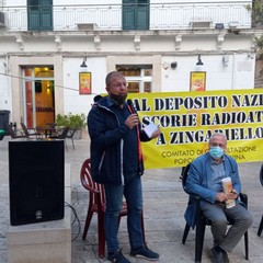 manifestazione in piazza comitato no Scorie