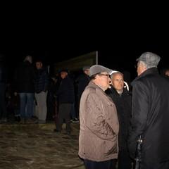 Lùmina inonda di luce l'habitat rupestre di Gravina
