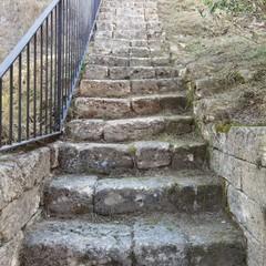 scalinata presso ponte acquedotto