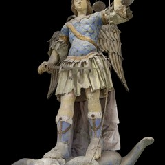 Statua San Michele a porta san Michele