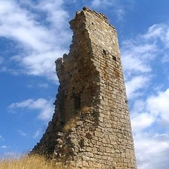 """""""Passeggiando con la storia"""" - Torre di Belmonte"""