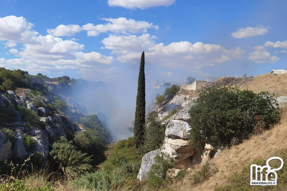 incendio canyon Gravina
