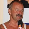 Stefano Chiodaroli e i sei comici in gara divertono la platea