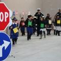 """Genitori, insegnanti, alunni a lezione di """"circolazione stradale"""""""