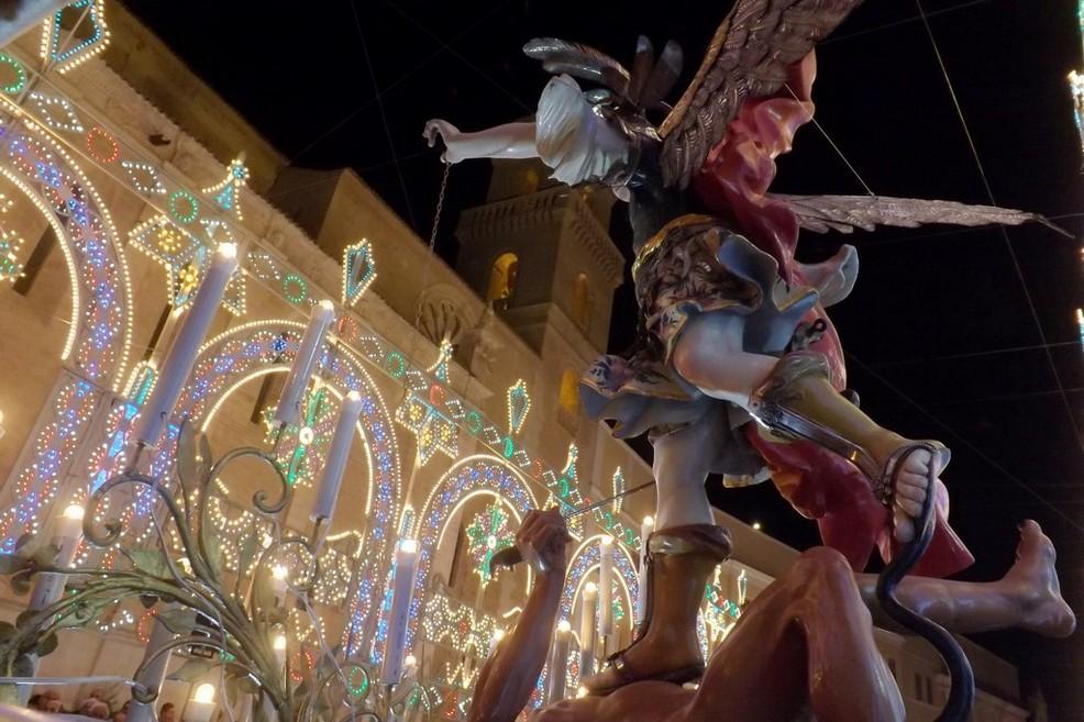 Consegna delle chiavi a San Michele Arcangelo
