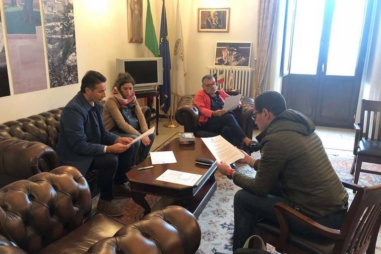 firma accordo tra Comune, Vida, Consorzio turistico e Fondazione Santomasi