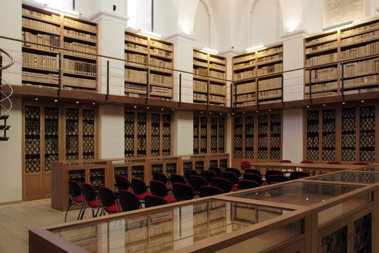 Biblioteca Finia