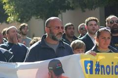 Protesta dottori 118, centinaia di cittadini alla manifestazione per Mangiatordi e Pappapicco