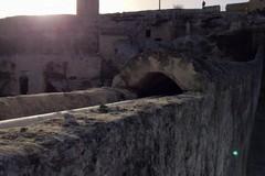 Ponte acquedotto, il simbolo di una comunità cade sotto i colpi dei vandali