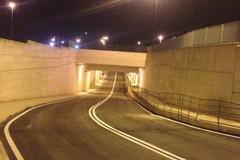 Sottopasso Falcone-Borsellino, manto stradale da rifare