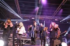 """""""Diolovuole Band"""" suona a Gravina, canzoni scritte da don Peppe Logruosso"""