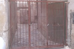 Spunta un cancello in via Porticella