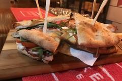"""Ricetta Salata: un sandwich """"local"""", dal cuore murgiano"""