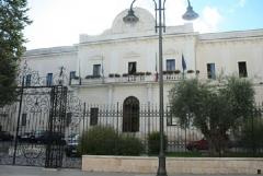 Covid, nuove regole per l'accesso agli uffici comunali