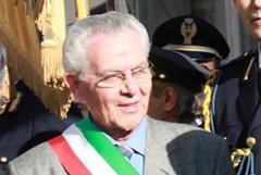 L'ex sindaco Giovanni Divella rompe il silenzio