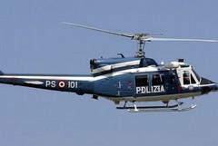 Elicottero in volo sul centro abitato, cittadini preoccupati
