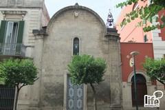 A Gravina sono custoditi i corpi di due santi