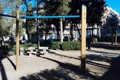 Forte vento, chiusi i parchi pubblici