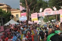 L'affascinante spettacolo del giro d'Italia 2011