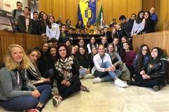 """L'IC """"Santomasi-Scacchi"""" accoglie studenti olandesi, danesi e francesi con l'Erasmus"""