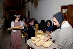 XII Raduno dei Cortei Storici: a tavola con il Medioevo
