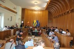 Consiglio comunale, dimissioni in massa dinanzi ad un notaio