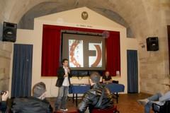 """""""La Moneta di Satana"""": il dibattito sul signoraggio arriva a Gravina"""