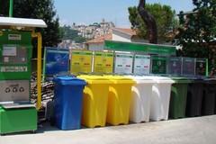 Centri raccolta rifiuti: tutto fermo al palo