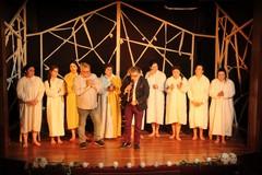 "Al Vida, la Compagnia ""Teatro Mio"" presenta ""La casa di Bernarda Alba"""