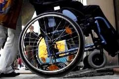 Ufficio Anagrafe, via libera alla rampa per disabili?