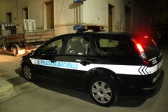 Guerra all'abusivismo: linea dura della Polizia Municipale