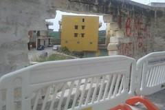 Muro crollato in via Goito