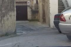 No ai parcheggi selvaggi in via Fungarola