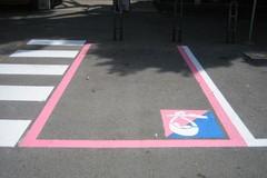 Parcheggi rosa: che fine ha fatto la cortesia?