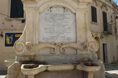 La fontana orsiniana – ferdinandea in piazza Notar Domenico