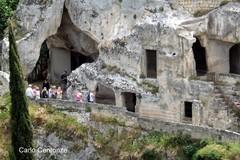 """Turisti a spasso con """"La guida della città di Gravina"""""""