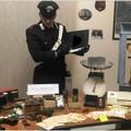 Droga e armi, arrestati tre insospettabili