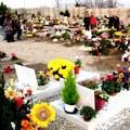 Ferie anche per il cimitero
