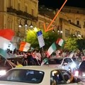 Segnaletica stradale divelta durante i festeggiamenti