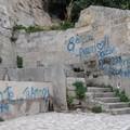 """L'associazione  """"Benedetto XIII """" denuncia il degrado dell'area di San Michele delle Grotte"""