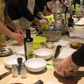 All'Olive Oil Bar Raguso, laboratori e corsi di cucina per il gusto di cucinare divertendosi