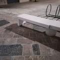 Danneggiata nuovamente la panchina in piazza della Repubblica