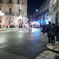Paura in via Garibaldi: fuoco in una mansarda