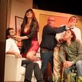 Il pubblico del Teatro Vida fa il pieno di risate con il Piccolo Teatro