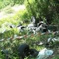 """Pneumatici e rifiuti speciali abbandonati nel bosco """"Difesa Grande"""""""