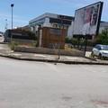 Precaria segnaletica stradale in zona Pip