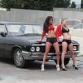 Donne e auto: un connubio perfetto per i maschietti