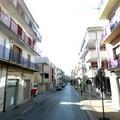 Raccolta firme per il restringimento del marciapiede in via Ragni
